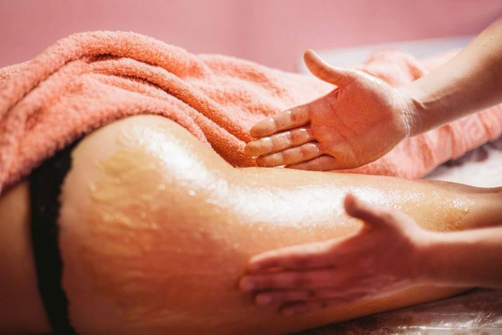 антицеллюлитный медовый массаж картинка